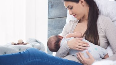 Too little breast milk? How to increase low milk supply