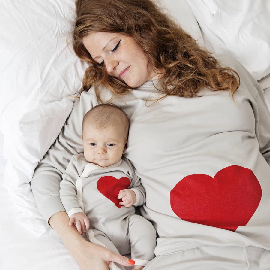 Mum And Baby Fashion Medela